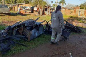 Posadas: El Municipio asistió a una familia tras el incendio de su vivienda