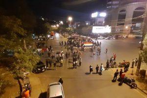Disturbios y represión en una protesta contra la vuelta a la cuarentena estricta en Ciudad del Este
