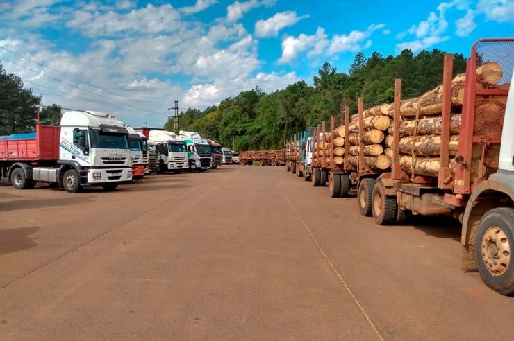 Bitrenes: tras intervención del Ministerio de Trabajo se levantó el bloqueo de Camioneros