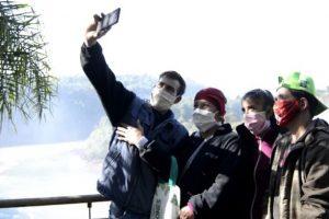 Analizan ampliar el cupo de visita a Cataratas y habilitar el transporte público