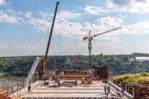 La primera de las cuatro partes más grandes del Puente de integración está lista para instalarse
