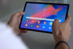 Se entregarán tablets para adultos mayores