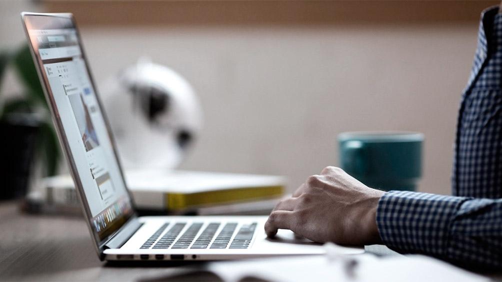 Enacom emitió un nuevo reglamento del Servicio Universal para reducir la brecha digital