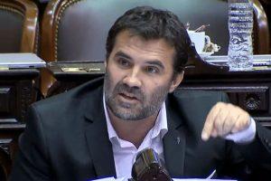 """Martínez afirmó que """"no habrá tarifas dolarizadas ni tampoco un proceso de congelamiento permanente"""""""