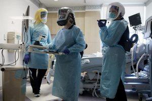 Otros 262 muertos y 8.468 contagios, mientras en Europa aseguran que la vacuna estará en enero