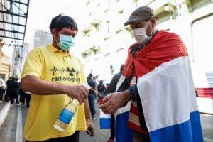 """Pese al sostenido aumento de contagios, aún faltan """"varias semanas"""" para el pico en Paraguay"""