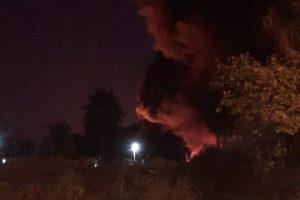 Incendio en la fábrica de Pinturas Misioneras en Garupá