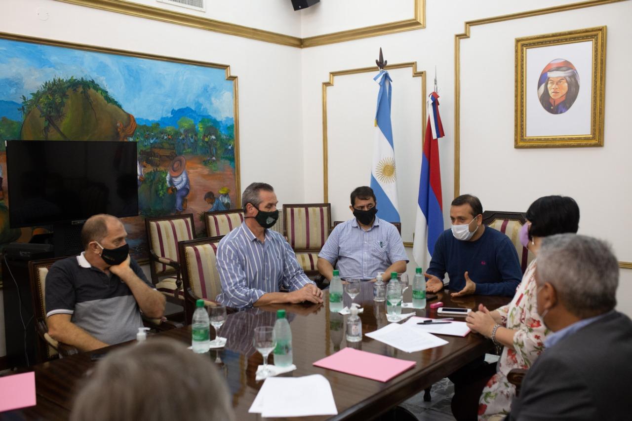 El Gobierno resolvió el problema de tierras de 11 familias de El Soberbio