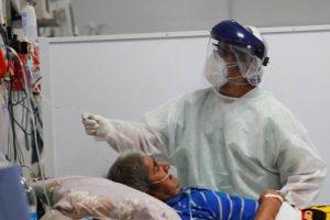 Otras 213 personas murieron y 8.037 fueron diagnosticadas con coronavirus en el país