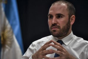 Economía realizará cinco licitaciones de deuda en pesos en noviembre