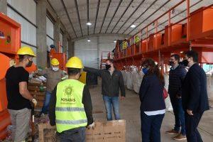 Bancarios se interiorizaron sobre la Planta de Separación de Residuos y el Parque Industrial