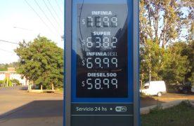 La nafta ya cuesta más de 72 pesos en Misiones pero se achicó la brecha con Capital Federal