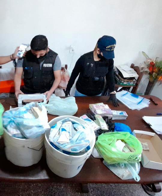 Múltiples allanamientos: Prefectura secuestró más de diez millones de pesos