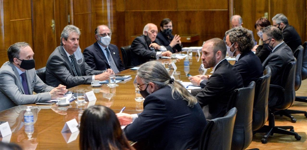 El Gobierno y el Consejo Agroindustrial Argentino acordaron una estrategia nacional agroalimentaria para aumentar la producción