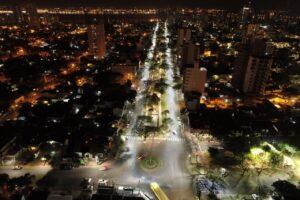 Más puntos de la ciudad son iluminadas con tecnología LED
