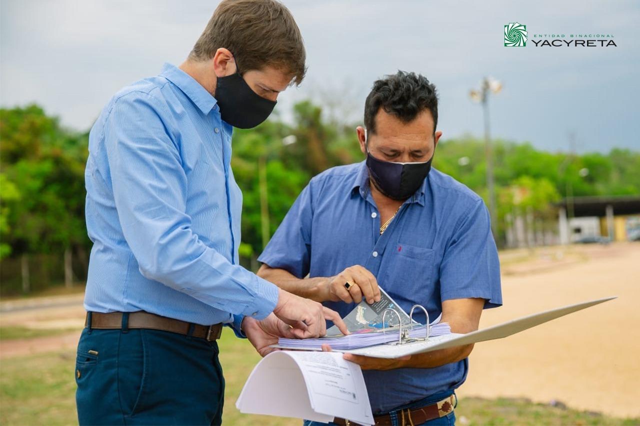 Barrios Arrechea recorrió las playas de Candelaria y planificó nuevas obras