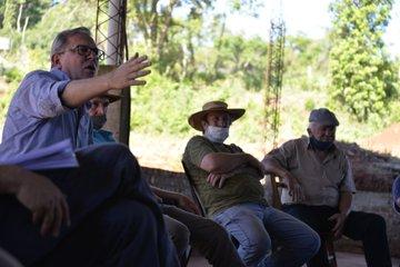 Instituto Forestal se reunió con productores e industriales de la ruta 14