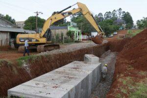 San Vicente: Vialidad trabaja en el saneamiento del barrio Ex Alumnos