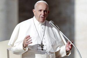 """El Papa Francisco pidió """"reaccionar con urgencia"""" al cambio climático"""