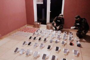 Prefectura secuestró un cargamento de celulares en Puerto Libertad
