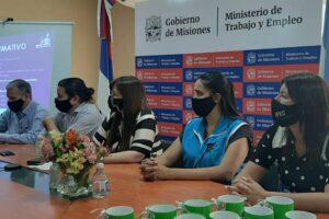 Delegadas sindicales de Adomis-UDPM se capacitaron en Ley Micaela