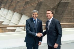 Con protocolos aprobados Brasil y Paraguay reabren sus fronteras