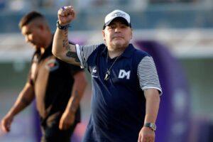 Diego Maradona, internado en La Plata