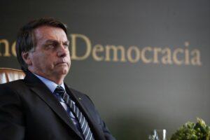 """Brasil: """"Solo Dios me sacará del cargo"""", dice Bolsonaro ante pedidos de juicio político por caos de Manaos"""