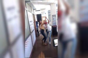 El gobernador de Misiones echó a la funcionaria que se filmó bailando en su oficina sin respetar el DISPO
