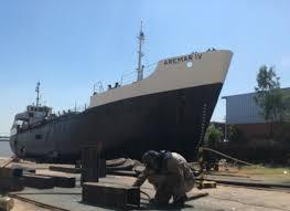 A un astillero de Misiones no le quieren envíar chapa naval para reparaciones