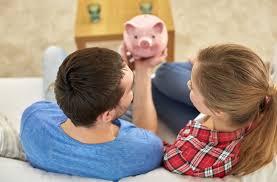 ¿Cómo manejar el dinero en pareja cuando hay de desigualdad de ingresos?