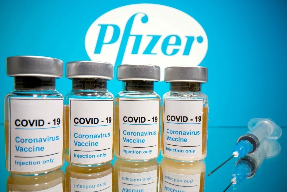 Pfizer y BioNTech presentaron hoy en EE.UU. su solicitud  de aprobación para la vacuna contra COVID-19