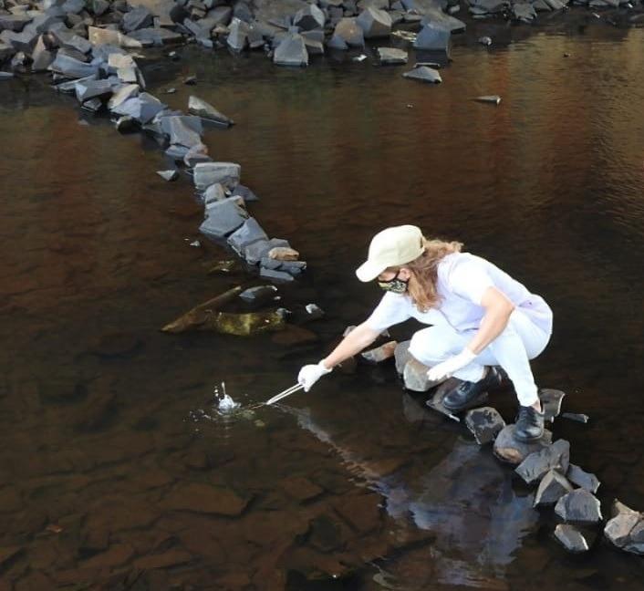 Programa de control: monitoreo ambiental en arroyos