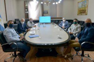 Basterra se reunió con cooperativas agrícolas tras el cierre temporal de exportaciones de maíz