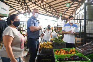 Entregaron barbijos en el Mercado Concentrador