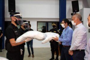 Coronavirus: la Policía repartirá cien mil barbijos a la ciudadanía