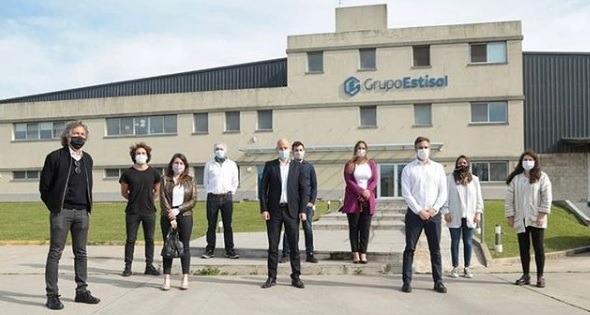Empresa argentina adquiere maquinaria que permitirá sustituir importaciones de vasos de papel