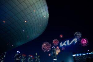 Kia devela nuevo logotipo y eslogan global de marca para encender su audaz transformación hacia el futuro