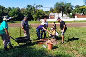 Vecinos de Miguel Lanús se sumaron al compromiso ambiental