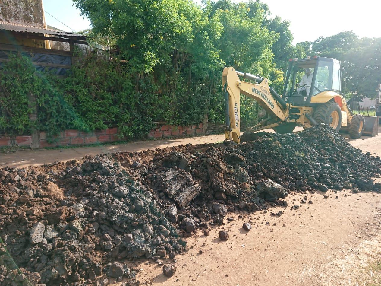 Amplían la red de provisión de agua potable en el barrio Cruz del Sur de Posadas
