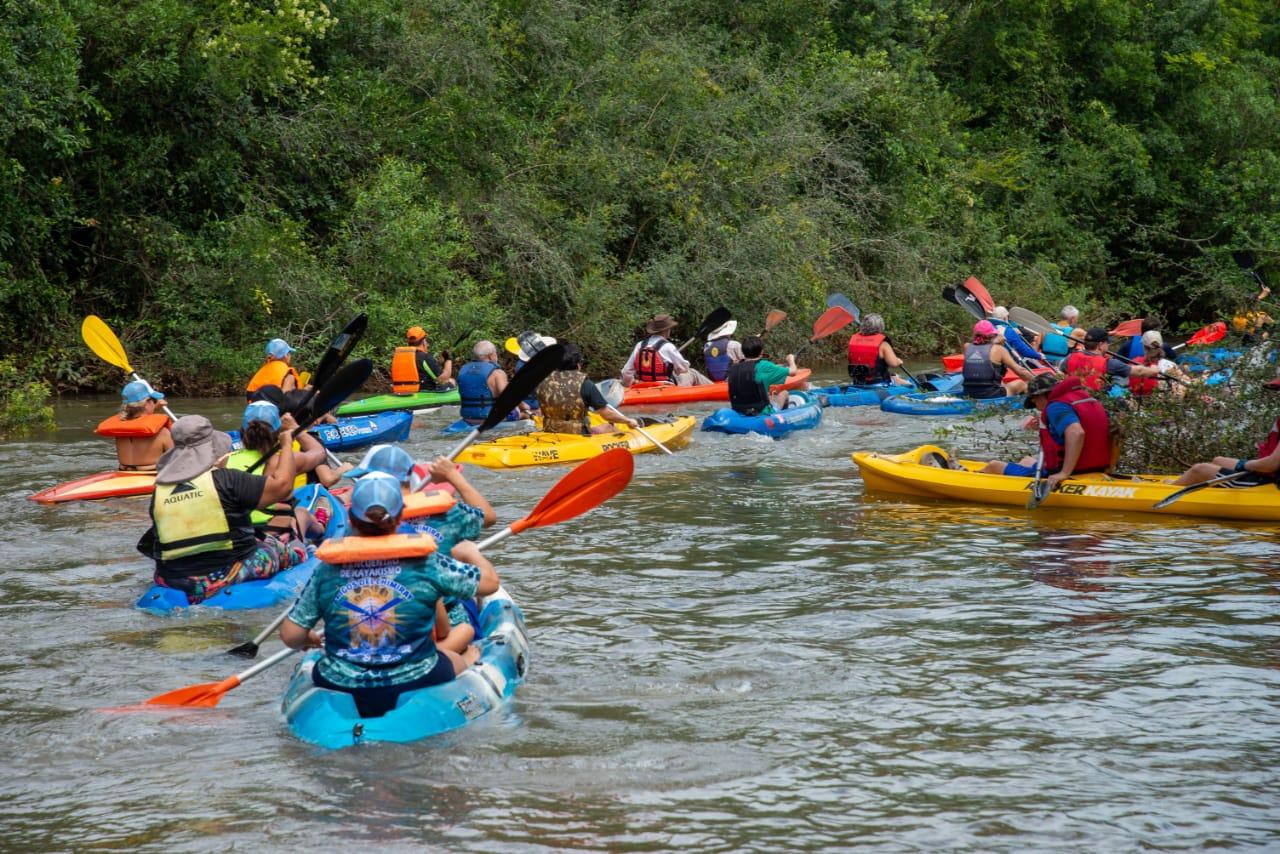 Encuentro con aficionados y promotores del Kayac