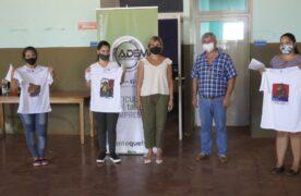 ADEMI entregó un equipo de sublimación de remeras a emprendedoras de Santa María