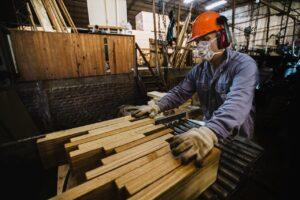 El Gobierno sube la asistencia económica del Repro II a $18.000 por trabajador