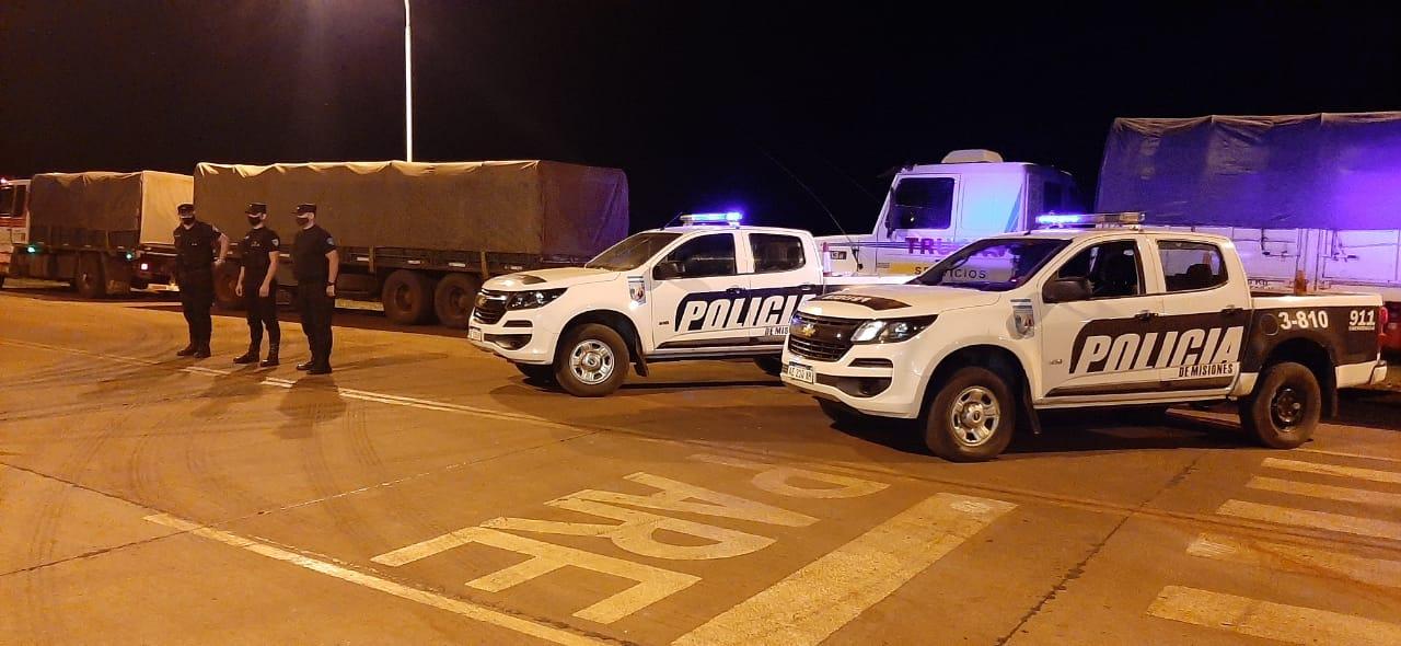 La soja que se evade: Frenaron el paso de dos camiones que transportaban soja ilegalmente