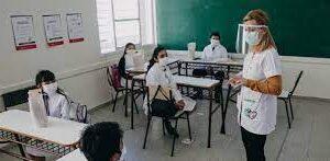 Barbijo, distancia e higiene de manos fundamento de cuidados en la escuela